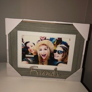 """""""Friends"""" Picture Frame"""